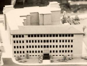 Schulgebäude neu (Modell)